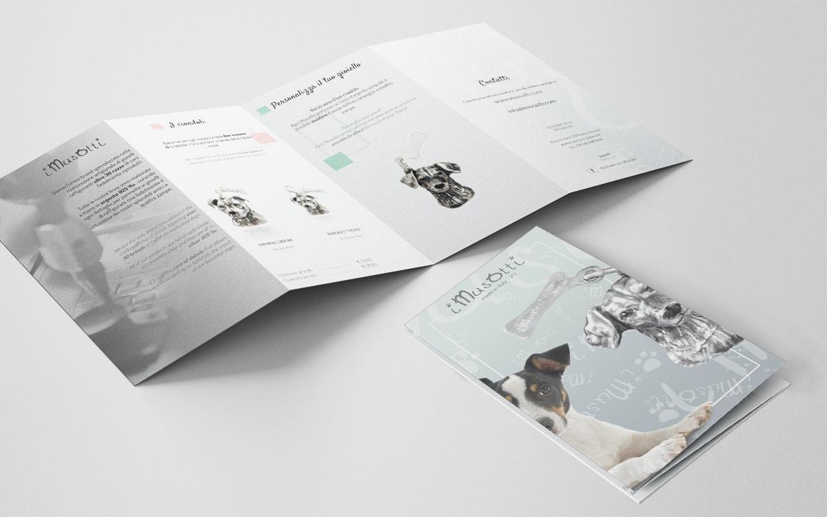 iMusotti-catalogo-zig-zag_mockup_aperto_02